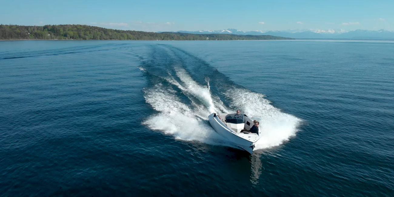 Electric powered outboards for boats - Torqeedo